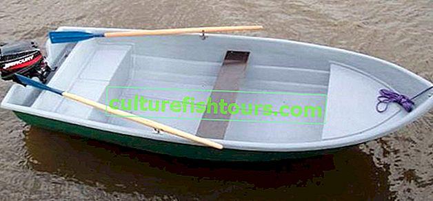 Plastikboote für Motor